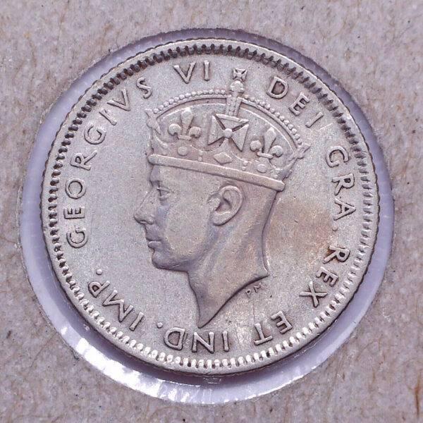 CANADA - 10 Cents 1942C - Terre-Neuve